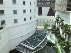View dari kamar 601, Rendezvous Hotel..lumayaan